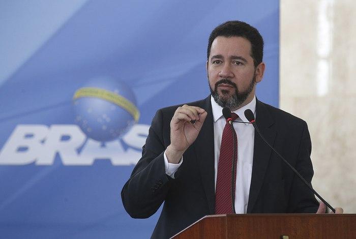 Governo estima saque de R$ 2,6 bilhões por mês do PIS/Pasep