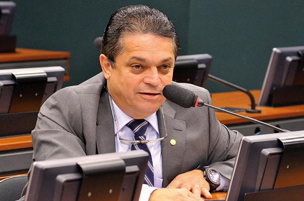 Moraes se pronuncia hoje sobre prisão após sentença de 2° instância