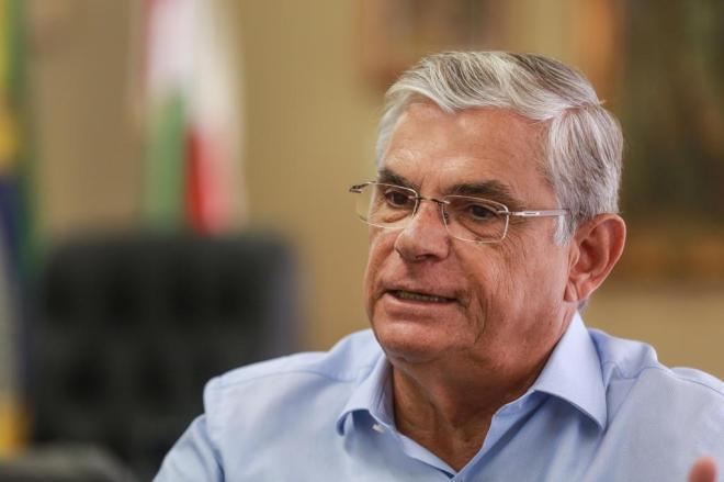 Governador anuncia desativação de regionais no Vale do Itajaí